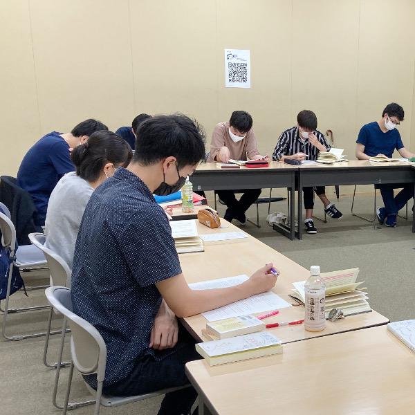 【文学部】山田朗ゼミナール「日本近現代の政治史・軍事史の中で、対外膨張戦略や戦争責任問題について学ぶ 」